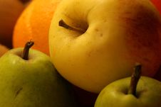 Free Fruit Plate Royalty Free Stock Images - 873109