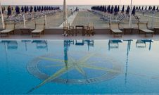 Free Swimming Pool, Viareggio Royalty Free Stock Photography - 873977