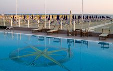 Free Swimming Pool, Viareggio Royalty Free Stock Photos - 873978