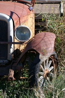 Free Old Truck Royalty Free Stock Photos - 876738