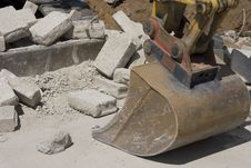 Free Mechanical Shovel Excavator Royalty Free Stock Images - 877099