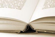 Free Book Royalty Free Stock Photos - 879888