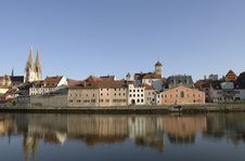 Free A Panorama View To German Town Regensburg Stock Photography - 8703962