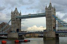 Free Tower Bridge Royalty Free Stock Photos - 8704308