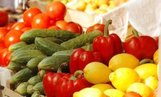 Free Fresh Vegetables And Fruits At The Market Stock Photography - 8704712
