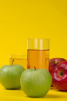 Free Red Apple And Apple Juice Stock Photo - 8708360