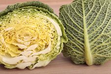 Free Halved Green Cabbage Royalty Free Stock Image - 8712456