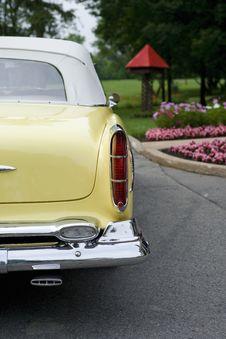 Free Retro Limousine Stock Image - 8712941