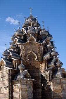 Free Russian Wooden Church Royalty Free Stock Photography - 8713627