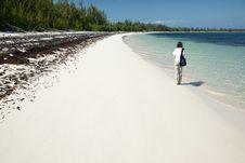 Free Walking Along Winding Bay Beach Royalty Free Stock Photos - 8714828