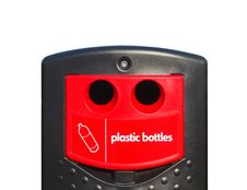 Free Bottle Bin Royalty Free Stock Image - 8718326