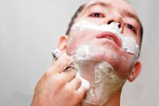 Free Man Shaving Stock Photos - 8720423