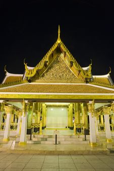 Free Buddhist Temple At Night Stock Photo - 8723040