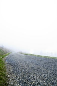 Free Misty Road Stock Image - 8724221