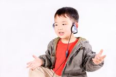 Free Boy With Earphone Royalty Free Stock Photos - 8725658