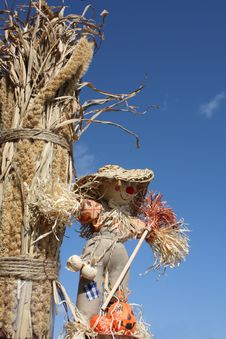 Free Scarecrow With Harvest Stock Photography - 8728622
