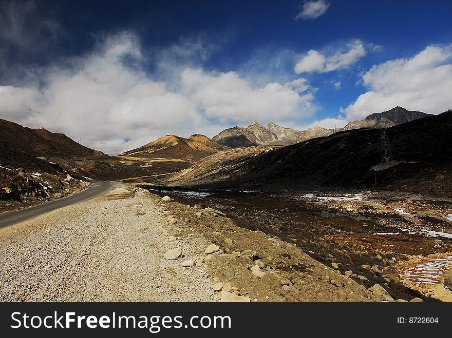 Climbing Zhe Duo Mountain
