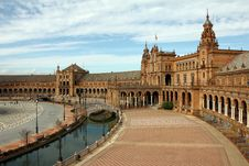 Free Plaza España &x28;Sevilla&x29; Royalty Free Stock Images - 87312279