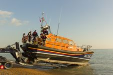 Free RNLB Cosandra, A Shannon Class Lifeboat, Visits Hastings Lifeboat Station. Stock Photography - 87312932