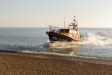 Free RNLB Cosandra, A Shannon Class Lifeboat, Visits Hastings Lifeboat Station. Stock Photos - 87313153