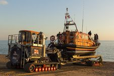 Free RNLB Cosandra, A Shannon Class Lifeboat, Visits Hastings Lifeboat Station. Stock Photography - 87313322
