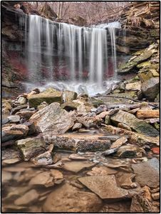 Free Lower Westcliffe Falls, Hamilton, Ontario Stock Photo - 87314230