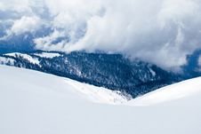 Free Snow Filled And Thick Clouds Royalty Free Stock Photo - 87314735