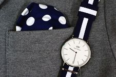 Free Mens Watch And Pocket Square Royalty Free Stock Photo - 87322885