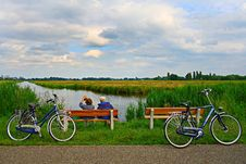 Free PUBLIC DOMAIN DEDICATION - Pixabay - Digionbew 9. 19-06-16 Couple On Bench At Waterway LOW RES DSC01188 Stock Image - 87380301
