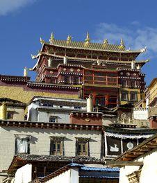 Free SongZhanLing Monastery Royalty Free Stock Photo - 8743365