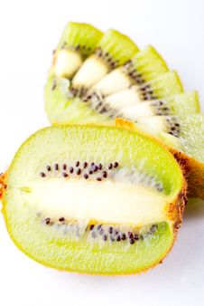 Free Sliced Ripe Kiwi Stock Photography - 8743382