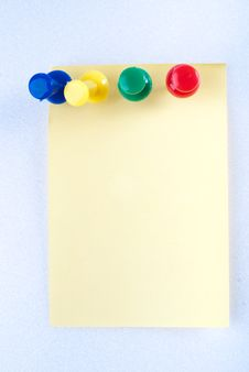 Free Post-it Note With Pin Stock Image - 8743391