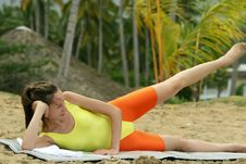 Free Fitness At The Beach Royalty Free Stock Photography - 8746277