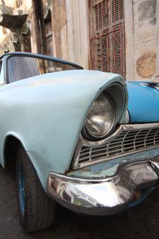 Free Old Blue Car Right Headlamp Closeup Royalty Free Stock Photo - 8752785