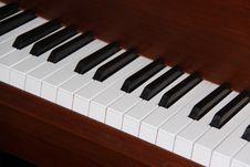 Free Piano Keys Royalty Free Stock Photos - 8758218