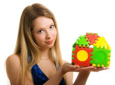 Free Girl With A Toy House Royalty Free Stock Photography - 8758527