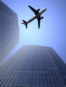 Free Airplane And The Modern Building Royalty Free Stock Photography - 8759347