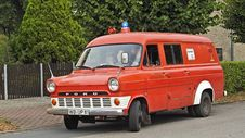 Free Red Ford Van Royalty Free Stock Images - 87588879