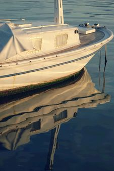 Free Old Boat Stock Photography - 8773372
