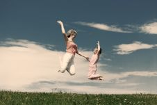 Free Young Mother With Happy Little Daughter. Royalty Free Stock Photos - 8774018
