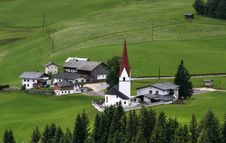 Free Village And Church In Austria Stock Photography - 8776782