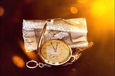 Free Vintage Pocket Watch Stock Photography - 87781382