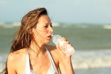 Free Woman Drinking Water Royalty Free Stock Photography - 8780897