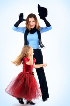 Free Mum With The Daughters Royalty Free Stock Photo - 8788625