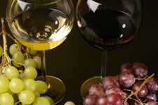 Free Two Glasses And A Bottle Of Wine Stock Photos - 8789283