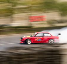 Free Bmw-e30-race-car-drifting Stock Photography - 87852652