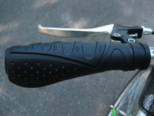 Free City-bicycle-handlebar-grip-and-brake Stock Photography - 87853642