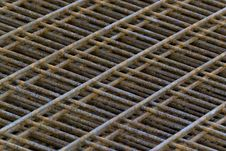 Free Concrete Mesh Reinforcement Royalty Free Stock Photography - 87853907