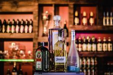 Free Bar With Alcohol Royalty Free Stock Images - 87858319