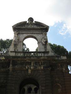 Free Entry-portico-to-farnese-gardens Royalty Free Stock Photo - 87863075